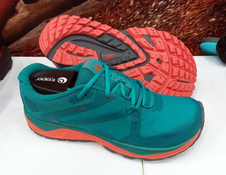 Topo Athletic Womens MT-3 Trail Running Shoe