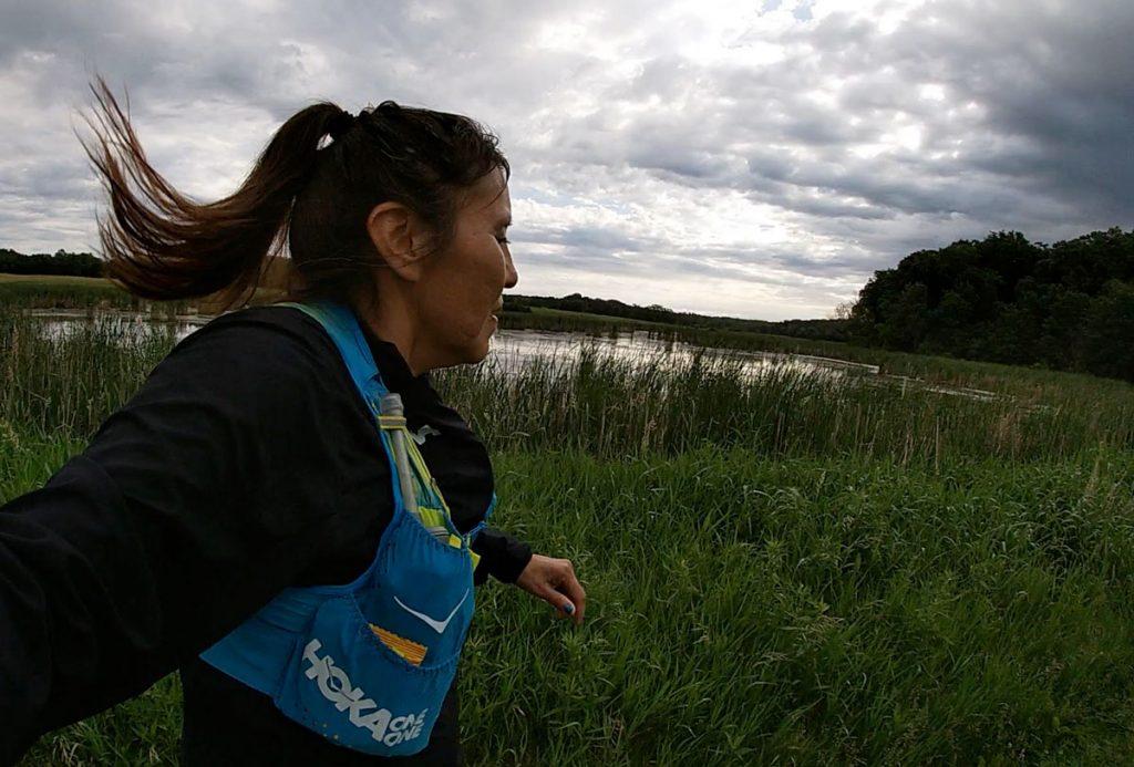 An early morning run selfie in the Twin Cities Vernas hometown and ultra training grounds Corriendo por los que no pueden: Verna Volker