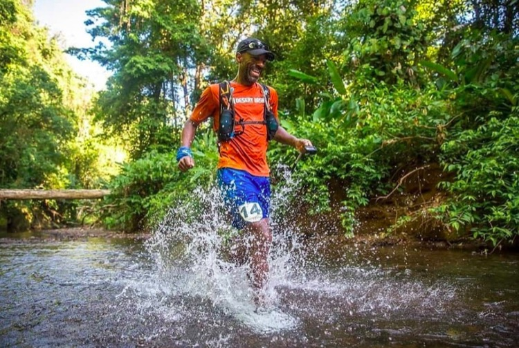 Youngblood races at the 236km 2018 Coastal Challenge Expedition in Costa Rica 750 Detrás de la lente: Kevin Youngblood