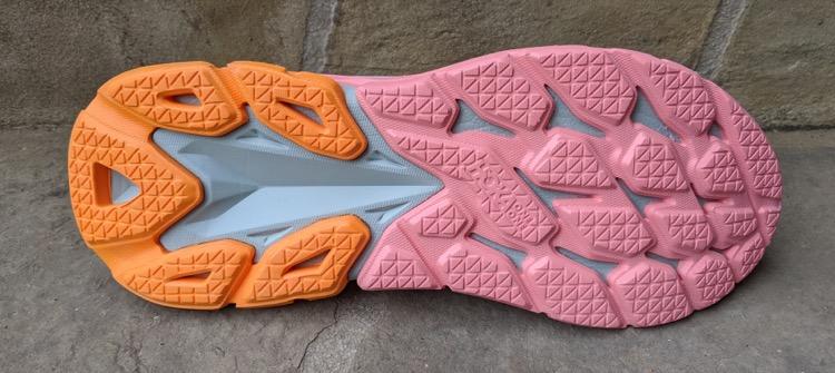 pink and orange compressed EVA gray lightweight midsole EVA 750 Zapatillas para correr HOKA ONE ONE Clifton Edge